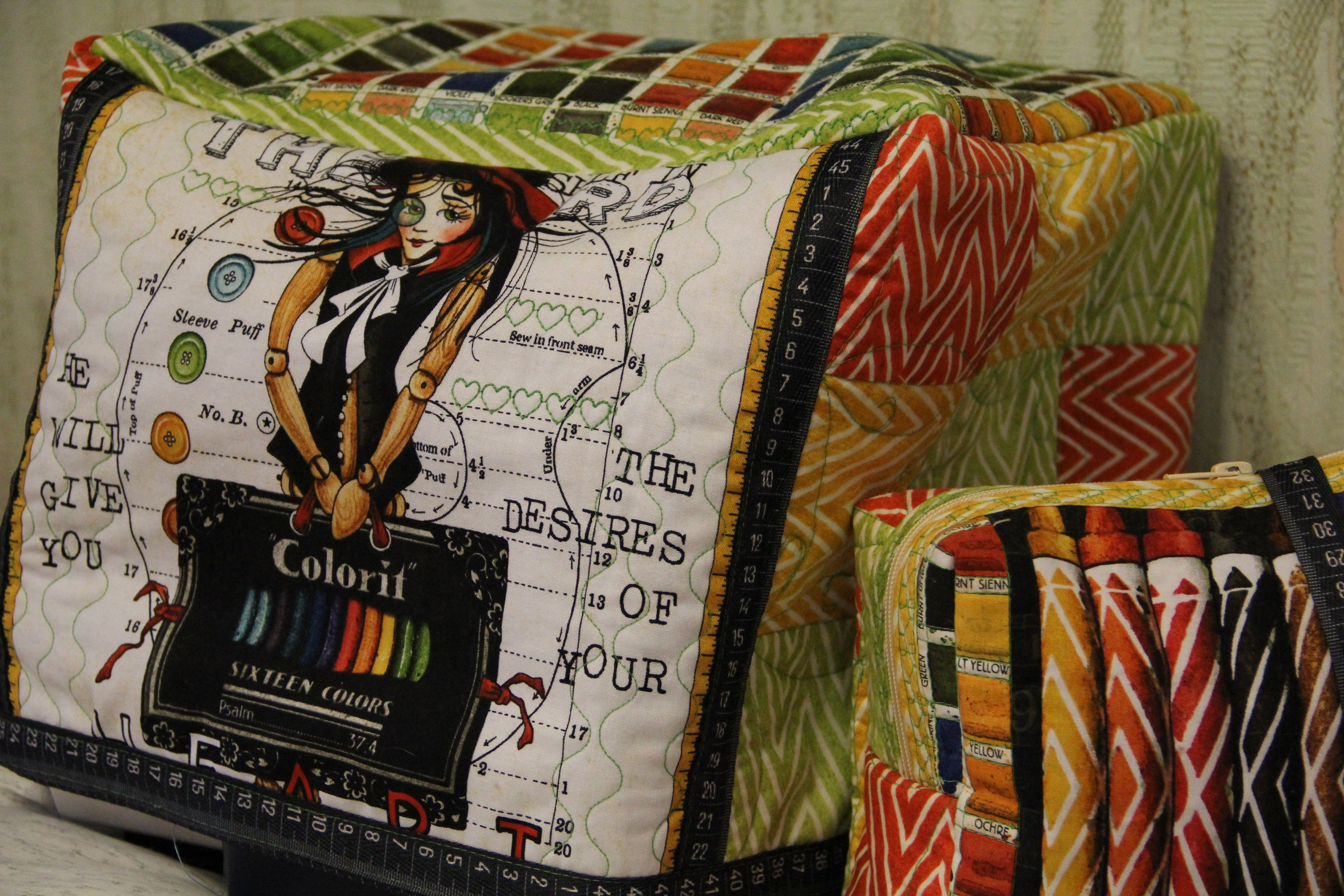 "Отзыв о тканях QUILTING TREASURES ""ЗАРИСОВКИ"" (CREATIVE COVERLET) и иголочках Hemline"